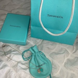 tiffany & co double heart tag pendant necklace